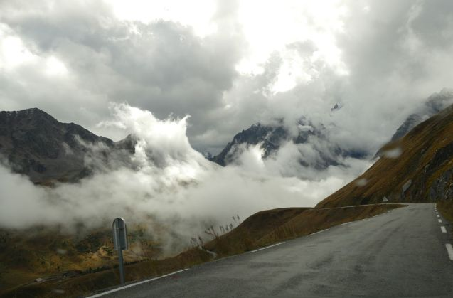 cloud-break-galibier-2