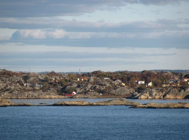 Weekend cabins on the craggy coast and islands of the Southern Gothenburg archipelago.