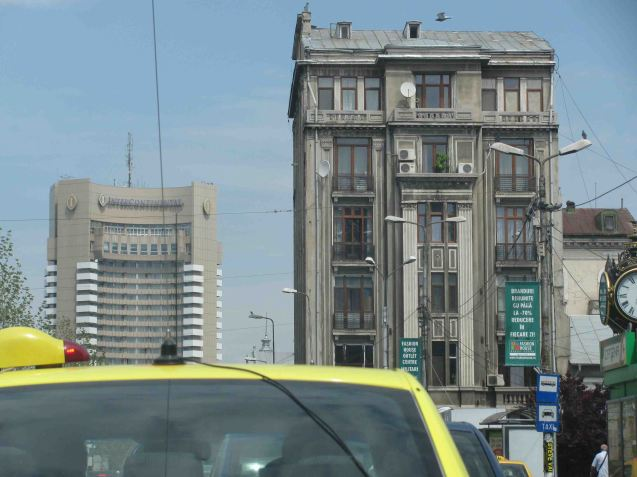 Built early on in Ceausescu's 'reign' - started in 1967, finished 1970 - the 25 story, 250ft high 'Intercontinental Bucharest' (left) came at a time when Ceausescu was still considered to be a progressive leader. In 1968 he denounced the Warsaw Pact invasion of Czechoslovakia and always pursued a foreign policy independent of the USSR. The older building on the right was lucky to escape. Ceausescu demolished 20% of the old town to realise his Civic Centrul project.
