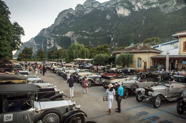 Saturday saw a spectacular gala dinner presided over by HRH the Duke of Gloucester for participants in the Rolls-Royce Rally, at Lake Garda. It marked the half way stage and also exactly 100 years since the start of the original 1913 rally. Since then, drivers have tackled the Dolomites in two stages, stopping in Moena overnight, taking in the Gobbera, Broccone, and Rolle Passes. The original plan to take the Pordoi Pass was aborted at the last moment in the face of a 'very large and unexpected bicycle tour' so they opted for the Falzarego Pass instead.. Oh well, it wouldn't be an adventure if it all went to plan. Next: Slovenia and Trieste.
