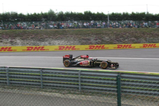 Kimi Raikkonen at the Rivage hairpin.