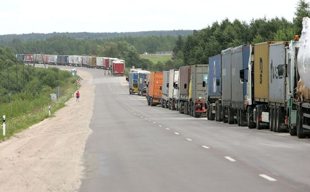 Truck border queue. Photo: Ministry of Transport and Communications of the Republic of Lithuania.