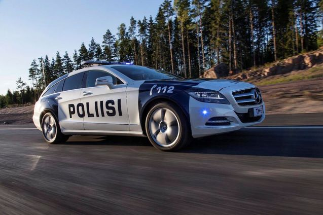 Finnish police have taken delivery of a new toy, a Mercedes CLS Shooting Brake 350CDI 4MATIC.