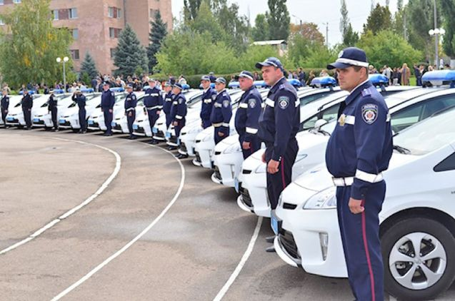 Ukraine. The Ministry of Internal Affairs has invested in 1,200 Toyota Prius hybrids, thirty of which were delivered to the Kharkiv force yesterday according to an official statement.