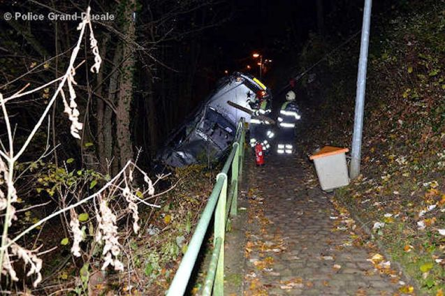 A lucky taxi driver survived a 60 foot drop off the side of Cote d'Eich in Luxembourg last night with only cuts and bruises. Cote d'Eich, r7, is the main road into the city centre in the north, along the Alzette Valley. The driver apparently lost control before smashing through the barrier and rolling several times down the sharp incline.