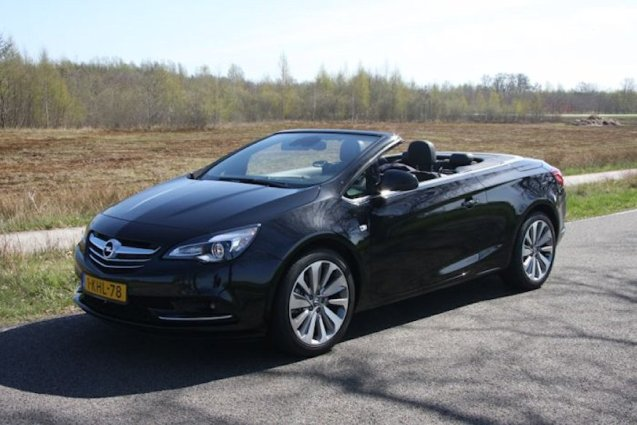 Opel Cascada: designed with road trips in mind.