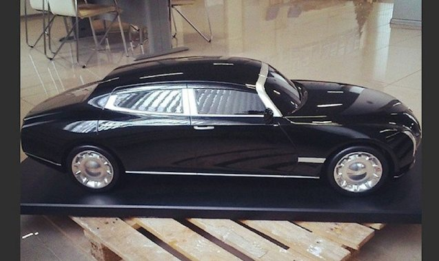 Motorcade: the first pictures of President Putin's new limousine have appeared. The project is a collaboration between NAMI automotive research institute and Marussia (of the F1 team) to develop a range of vehicles off a common platform.