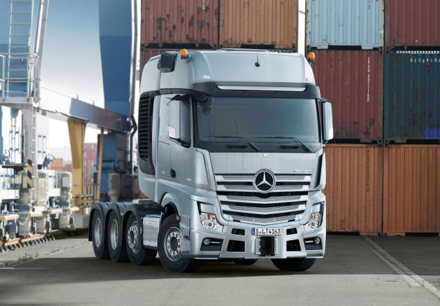 SLT: If Mercedes doesn't have the truck you want in the regular range it can make it for you. The Custom Tailored Truck (CTT) plant in Molsheim, north east France, has had a hand in the new Actros-SLT heavy-duty tractor unit, just coming on stream now, which assembles all the features available on the rest of the Actros range to develop a vehicle with maximum flexibility, from long distance driving to low speed manoeuvrability. Powered by a 625bhp, 15.6 litre straight six engine developing 2213Ib ft of torque, with its special 'heavy' mode on the 16-speed transmission the SLT can haul 250 tonnes.