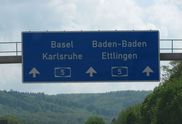 The A5 Frankfurt-Basel is expected to be busy tomorrow (though apparently not over the Swiss border).