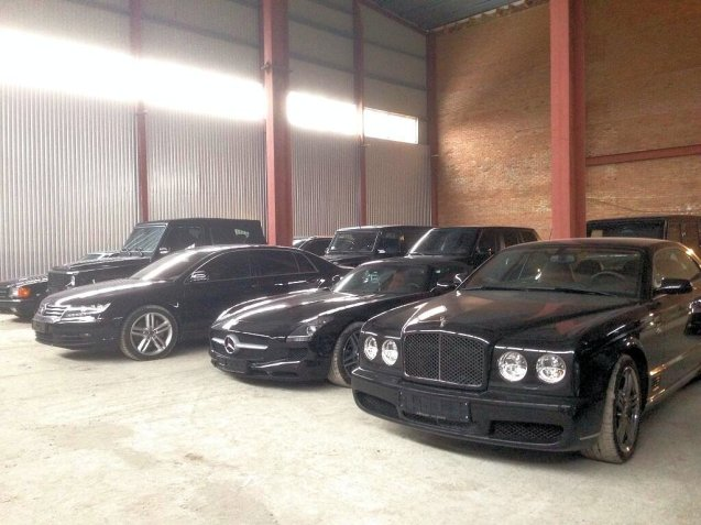 In addition, Yanukovych had a blacked out vehicle for every occasion.