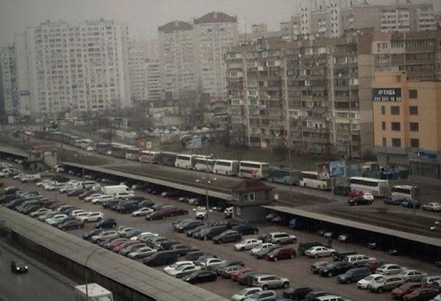 Kyiv: buses used to bring in Berkut riot police - and maybe Titushki armed gangs too - parked up yesterday morning.