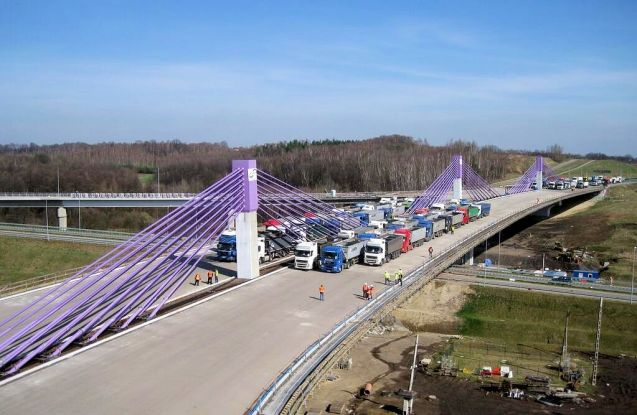 Stress Test: 2,500t of truck perform a stress test on the A1 bridge at Mszanie in south west Poland.