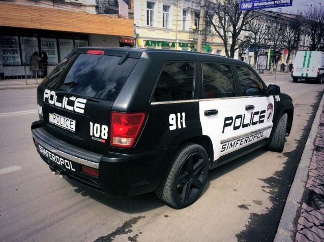 Simferopol: introducing the new-style Crimea police car.