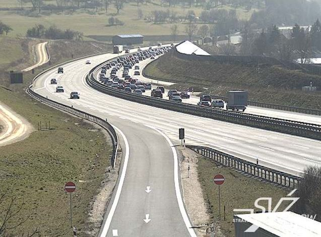 Holiday traffic: the A8 westbound towards Munich. At least the weather was nice.