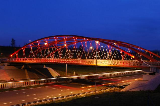 A bridge on the all-important A1 motorway which will run north-south from Gdansk on the Baltic coast to Vienna, via Brno. The section north of Warsaw should be complete this year. Construction on the 275km section south from there to the Czech Republic starts in 2015.