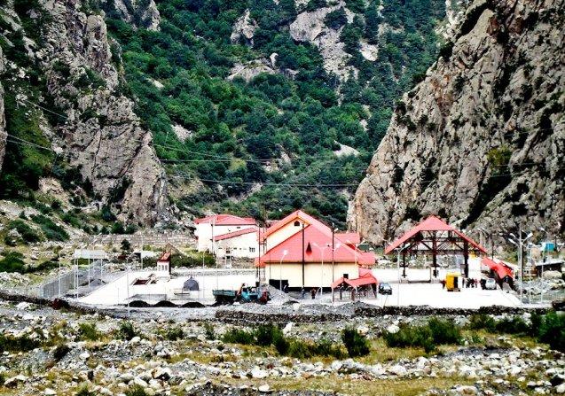 The Kazbegi-Larsi border station Georgia-Russia in the Dariali Gorge at the top of the E117 Georgian Military Road.