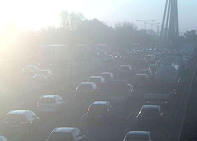 a65 rheinbrucke traffic3