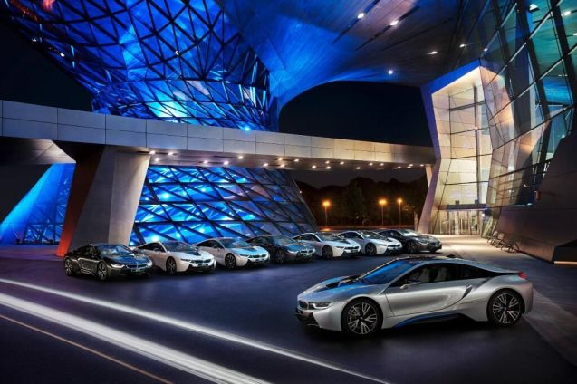 Meanwhile, on Thursday night the first BMW i8 electric sports cars were delivered to customers at an event in Munich. The really big, important news however is that BMW has been arch-rival Audi in having the first laser headlights in production.