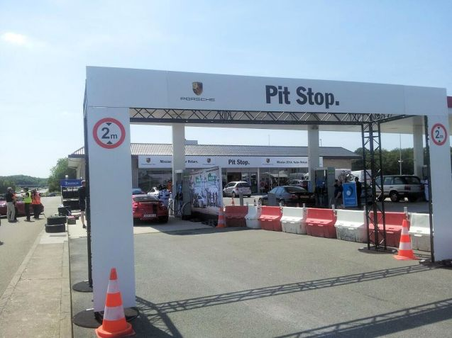 Always Open: the Porsche Pit Stop on the A11 westbound, Paris to Le Mans at Chartres-Gasville.
