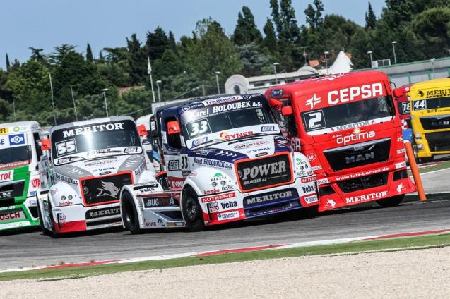 Truck racing at the Nurburgring this weekend. More later.