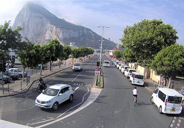 A new twitter account keeps drivers up-to-date with delays on both sides of the Spain-Gibraltar frontier.