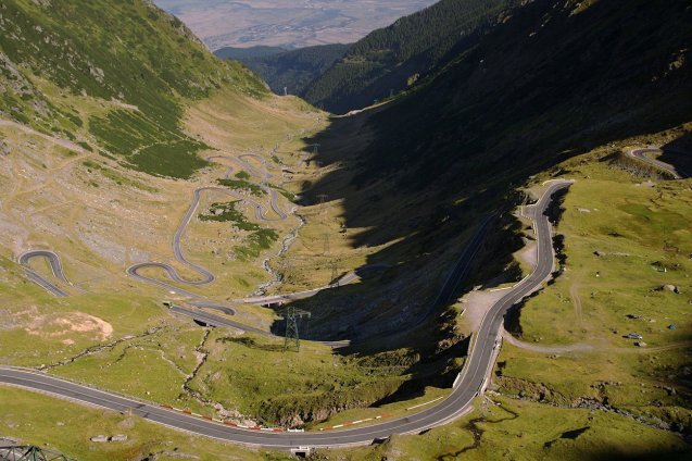 News catch up: Romania's premier high altitude road DN7C Transfagarasan opened last Monday, 1 July, for the summer and will not close this year until 31 October says Romania-insider.com. DN7C runs from Curtea de Arges to near Sibiu in central Romania. The section at the top however shuts overnight, from 21:00-07:00. Photo via Wikipedia.