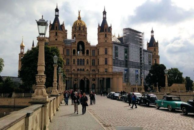 Schwerin: a stop on the Hamburg-Berlin Klassik, on the scenic roads of northern Germany. More later.