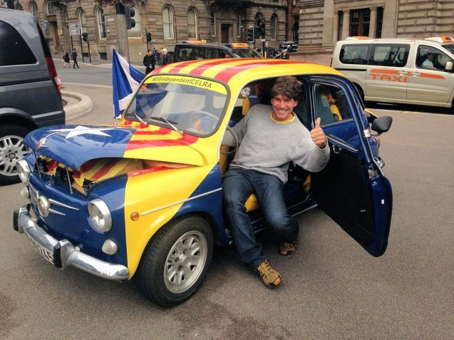 Pepe from Catalonia who's driven from Barcelona to George Square, Glasgow with two pals for Scotland's #Indyref