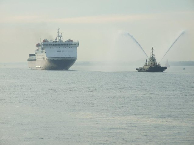 After 140 years, the last ferry link between the UK and Scandinavia came to and end with the final DFDS Harwich-Esbjerg crossing. All hopes are now on the proposed Norwegian Seaways and Regina Line routes. More later.