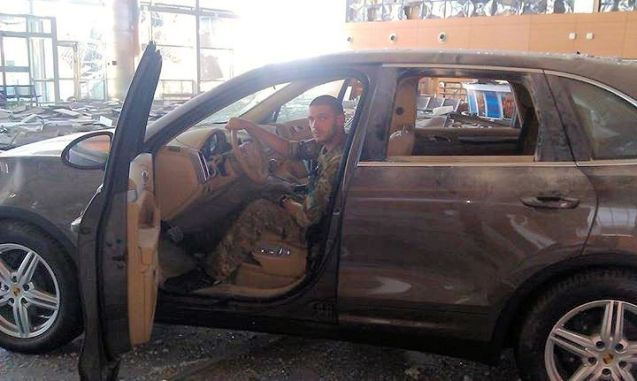 Quality: the display Porsche cayenne survives the bombardment at Donetsk airport, Ukraine, in pretty good condition.