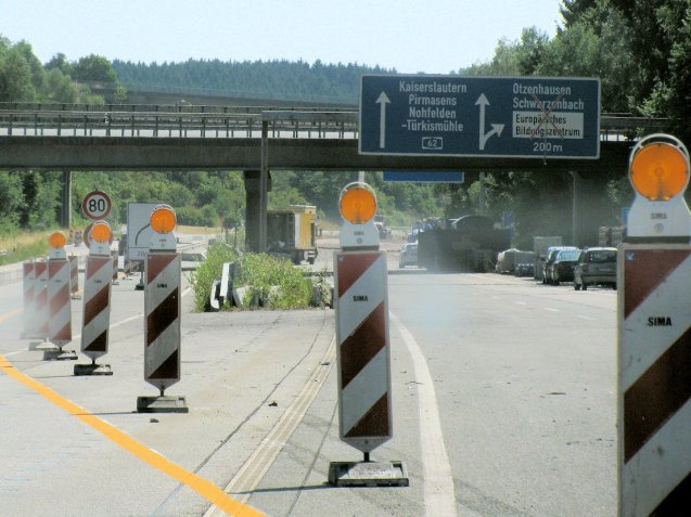 The German disease: decaying bridges and contraflow.