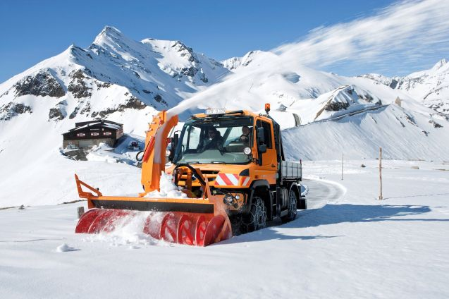 A Unimog clears snow from Grossglockner Hochalpstrasse in Austria. In June! A roundup of the week's pictures and news in brief coming up.