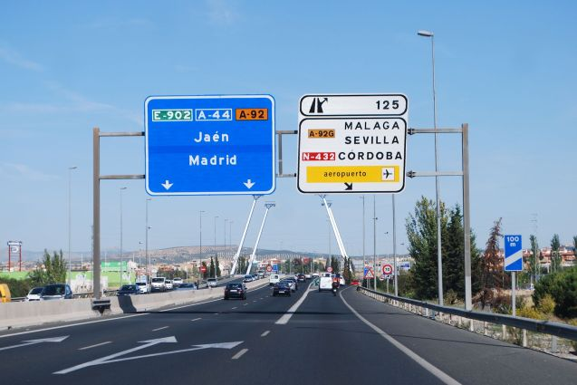 Spain consolidates impressive road safety record with a new openness on speed cameras, among many other things. Much more later. Photo @DriveEurope