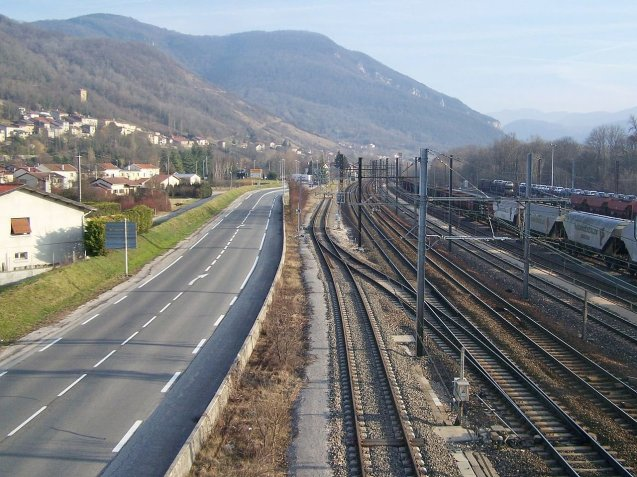 D1505 Amberieu-Chambery. A very handy alternative route to the jam prone A43 Lyon-Chambery, as recommended by @TRAFvacances. More later.