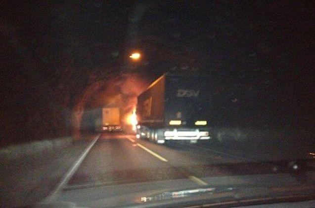 Photo Monika Blikas, from Statens Havarikommisjon for Transport report on Gundvanga Tunnel fire, aibn.no, see below.