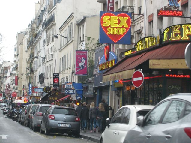 Pigalle with the Moulin Rouge along tot he right.