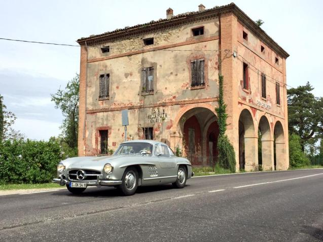 Mercedes-Benz on Futa and Raticosa for Mille MIglia tribute. More later.
