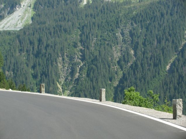 The western ascent of Silvretta Hochaplenstrasse. Photo @DriveEurope. More photos below.