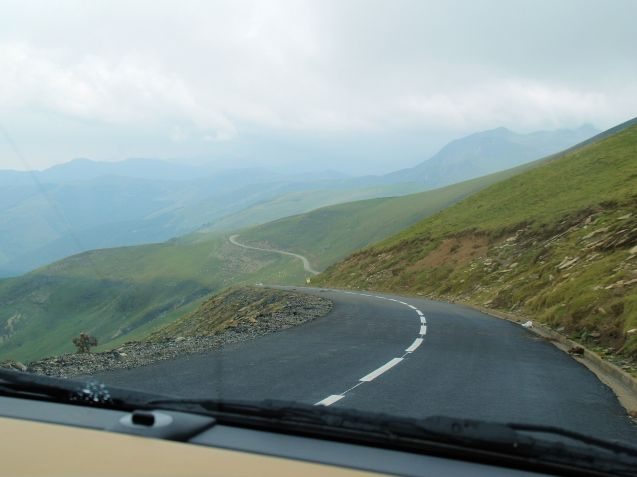 Driving on the right: not always a bad thing. Descending Pot de Larrau, Pyrenees. Photo @DriveEurope.