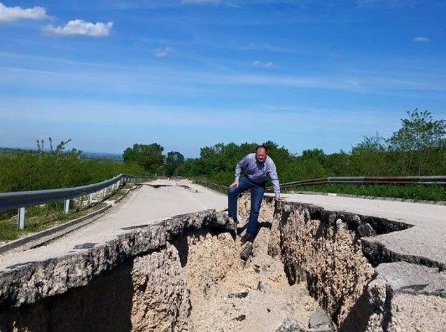 A Bulgarian politician is not happy about the state of the road between Vidin and Zajecar in Serbia. More later.