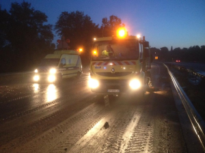 Clearing mud and debris from the A8 autoroute this morning. Photo @VinciAutoroutes