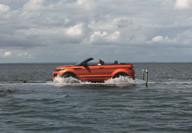 First sight Range Rover Evoque Convertible: it weighs a very substantial 270kg more than the hard top. More later.