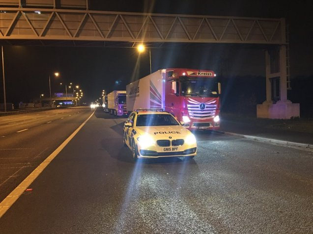 Removing trucks from the M20 hard sh . Photo @KentPoliceRoads