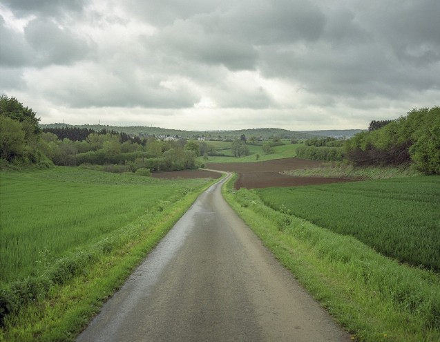 Rounding up recent border hotspots. More later. Photo Valerio Vincenzo - the Belgian-Luxembourg border, part of a series Borderline, Frontiers of Peace