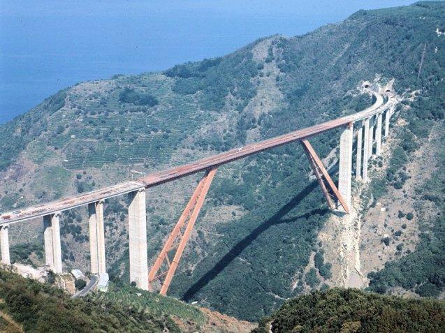 A section of A3 Salerno-Reggio Calabria in-build. Photo Strade ANAS