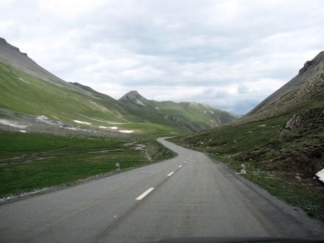 Albula Pass, Switzerland. Photo @DriveEurope