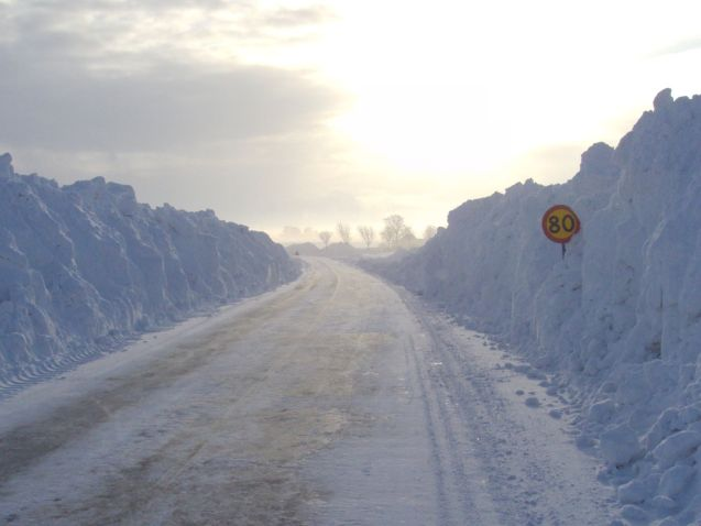 Finland moves to summer speed limits. Plus checking up when it's time to dump the winter tyres. More later.