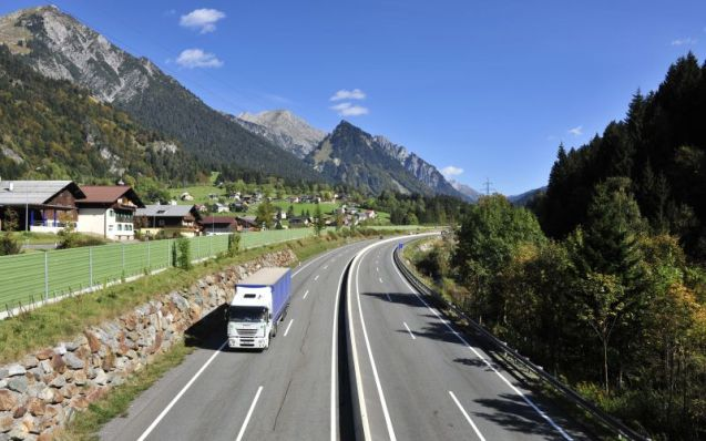 The S16 Arlberg Tunnel in western Austria starts the second of its third summer maintenance closures today (Monday 25 April). Like last year, the alternative to the 13.9km tunnel between Innsbruck and Bregenz is the 1640m Arlberg Pass. However, unlike last year, the tunnel is only closed overnight - 20:00-05:00 – while all vehicles can use the pass (last year trucks were sent on a long detour). On the as-yet-unspecified 21 days when the tunnel is not closed overnight, an alternate traffic system will be in place with a maximum 30 minute waiting time. Also, the tunnel will not close in poor weather. Arlberg reopens for the winter on 31 October 2016. The next and final summer closure starts 18 April 2017. Photo ASFINAG