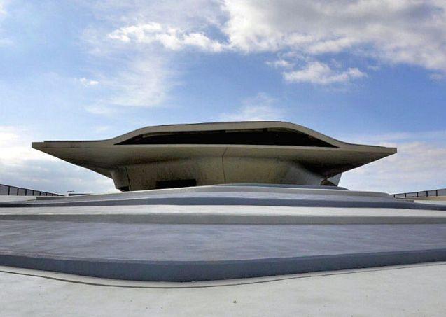 Zaha Hadid's posthumous Stazione Marittima di Salerno. Photo Comune Salerno.