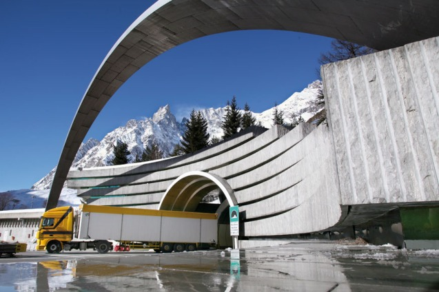 Comparing and contrasting the Mont Blanc and Gotthard Tunnels, for queues and costs. More later.